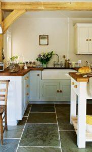 cuisine-campagnarde-rustique-poutre