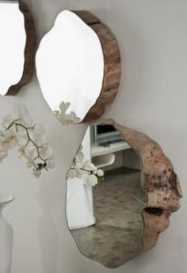 Le rondin de bois en déco miroir